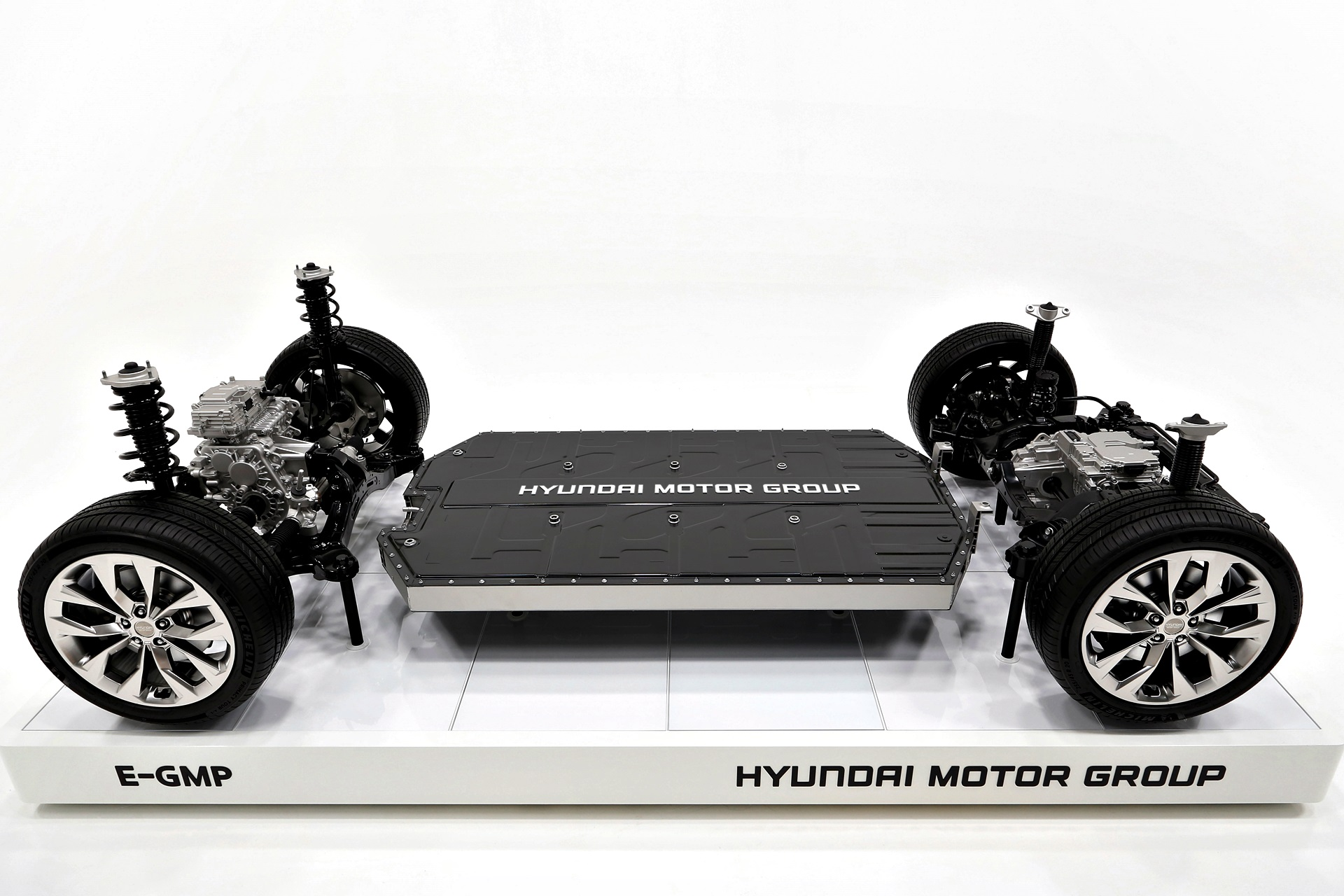 Hyundai Kia Plataforma E Gmp Ev (4)