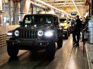 El primer Jeep Wrangler 4xe de fabricación en serie ya va camino del concesionario