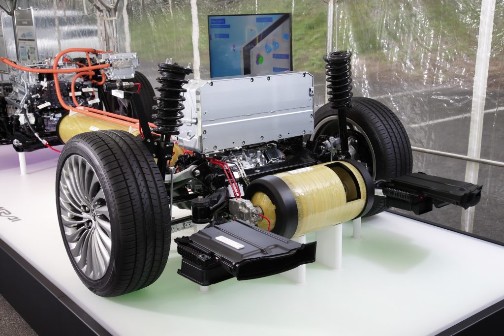 Toyota Mirai Drivingeco 10
