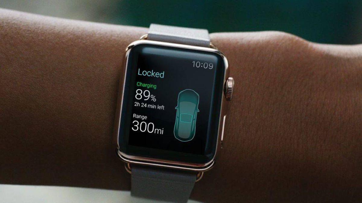 Apple Watch Car