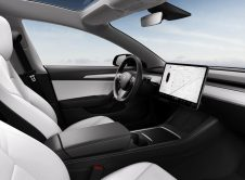 Tesla Modely Interior New