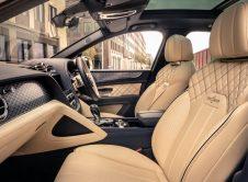 Bentley Bentayga Hybrid 17