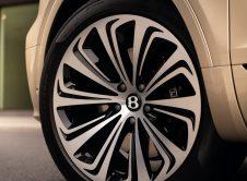 Bentley Bentayga Hybrid 19