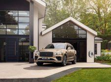 Bentley Bentayga Hybrid 8