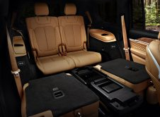 "2021 Jeep® Grand Cherokee L Summit Reserve Second Row ""tip And S"