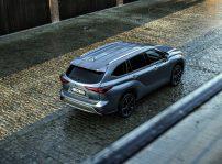 Toyotahighlanderelectrichybrid202118