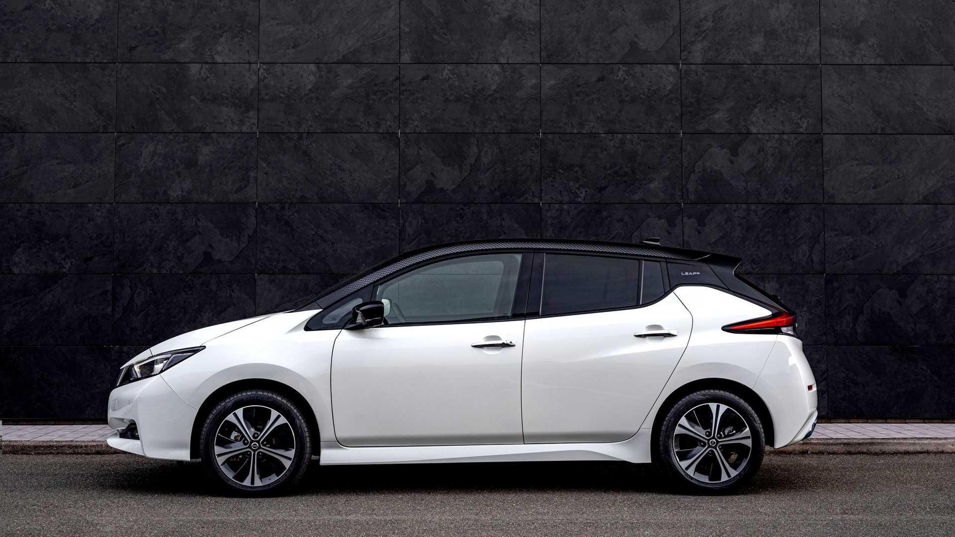 Nissan Leaf10 Side