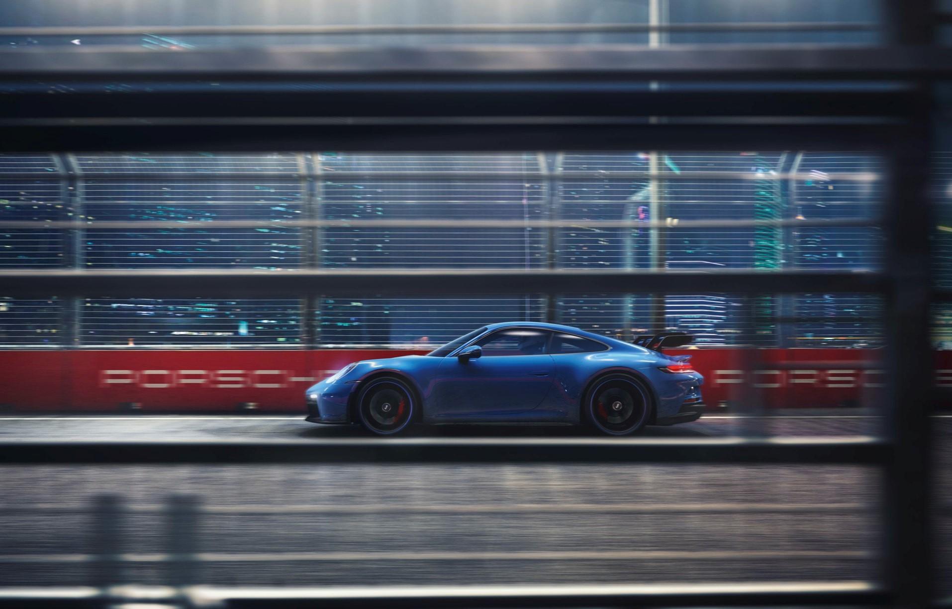 Porsche 911 Gt3 Combustion Engine Efuel Side