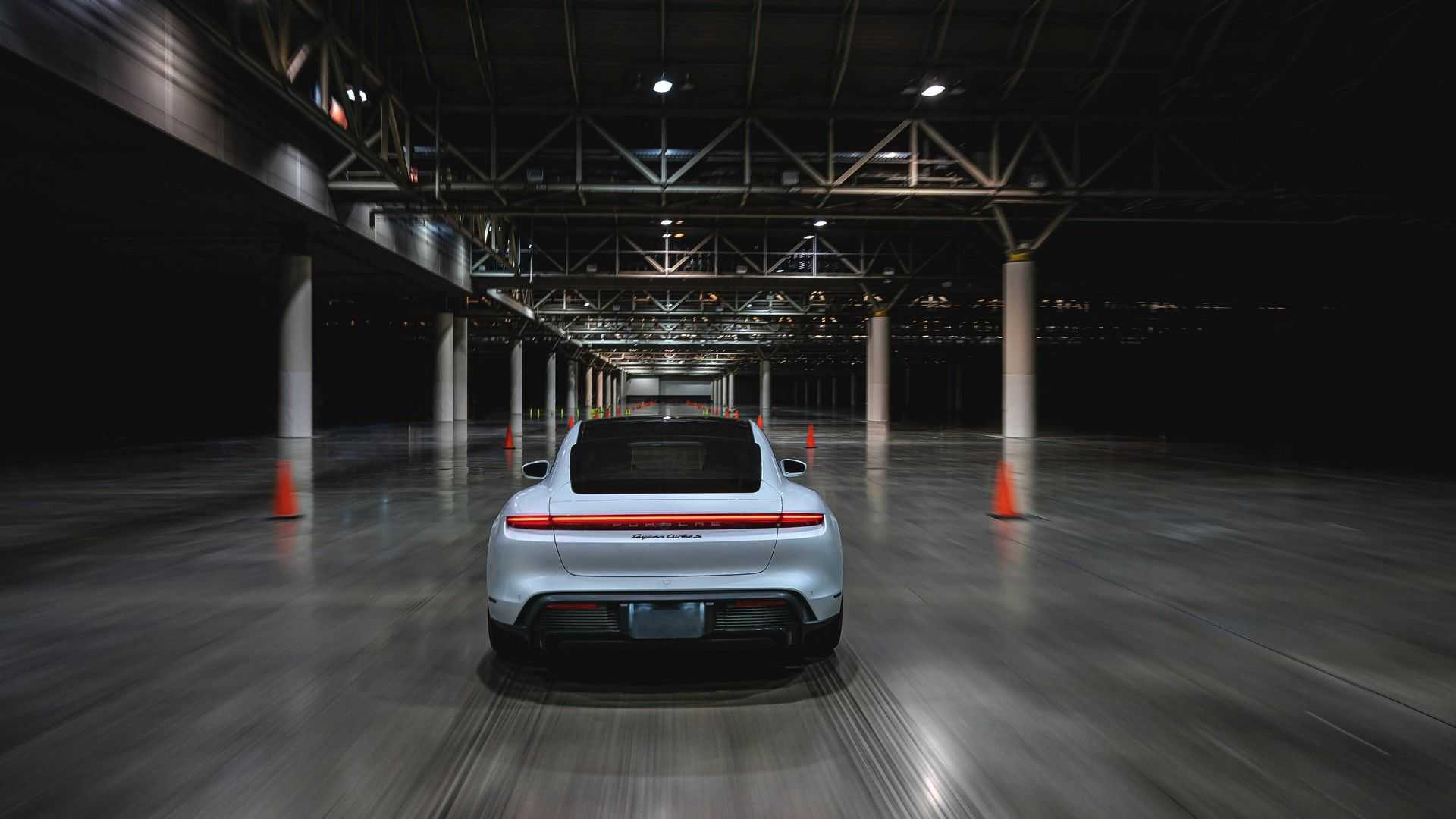 Porsche Taycan Turbo S Guinness Record Back