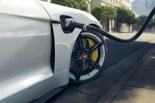 Porsche tendrá una instalación específica para fabricar baterías para coches eléctricos de alto rendimiento