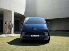 Hyundai Staria Premium Front