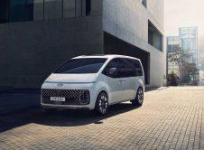 Hyundai Staria Premium White