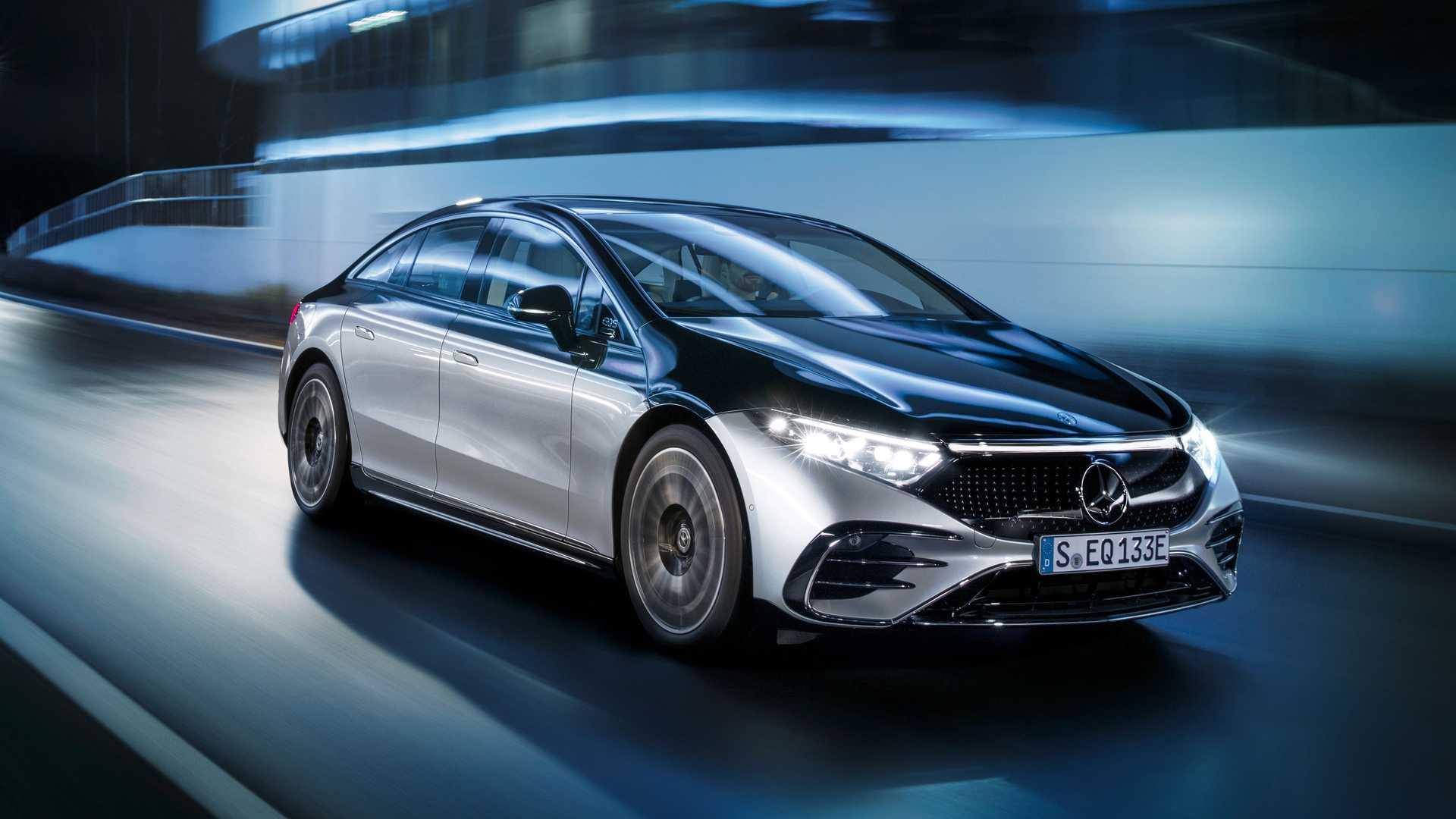 Mercedes Benz Eqs 580 Front