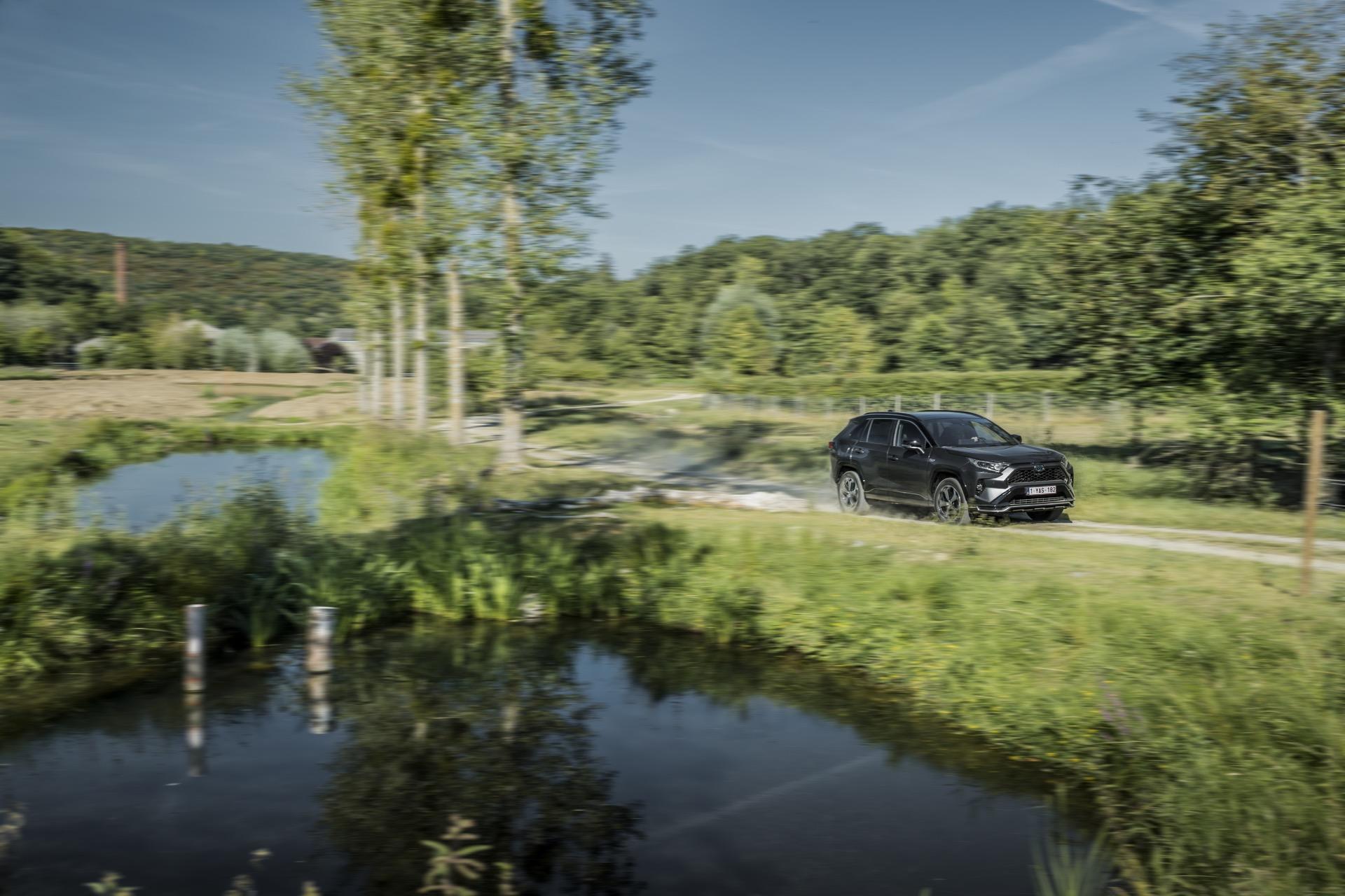 Toyota Rav4 Phev 29