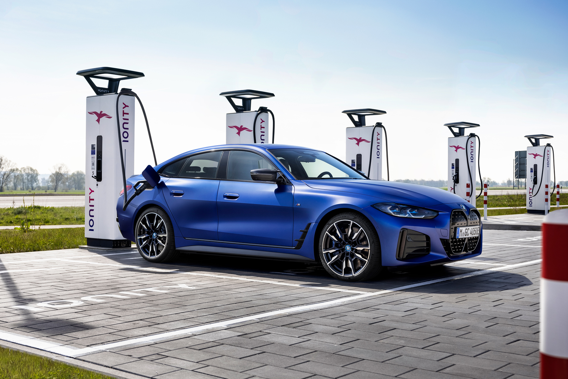 P90423618 Highres The Bmw I4m50 6 2021