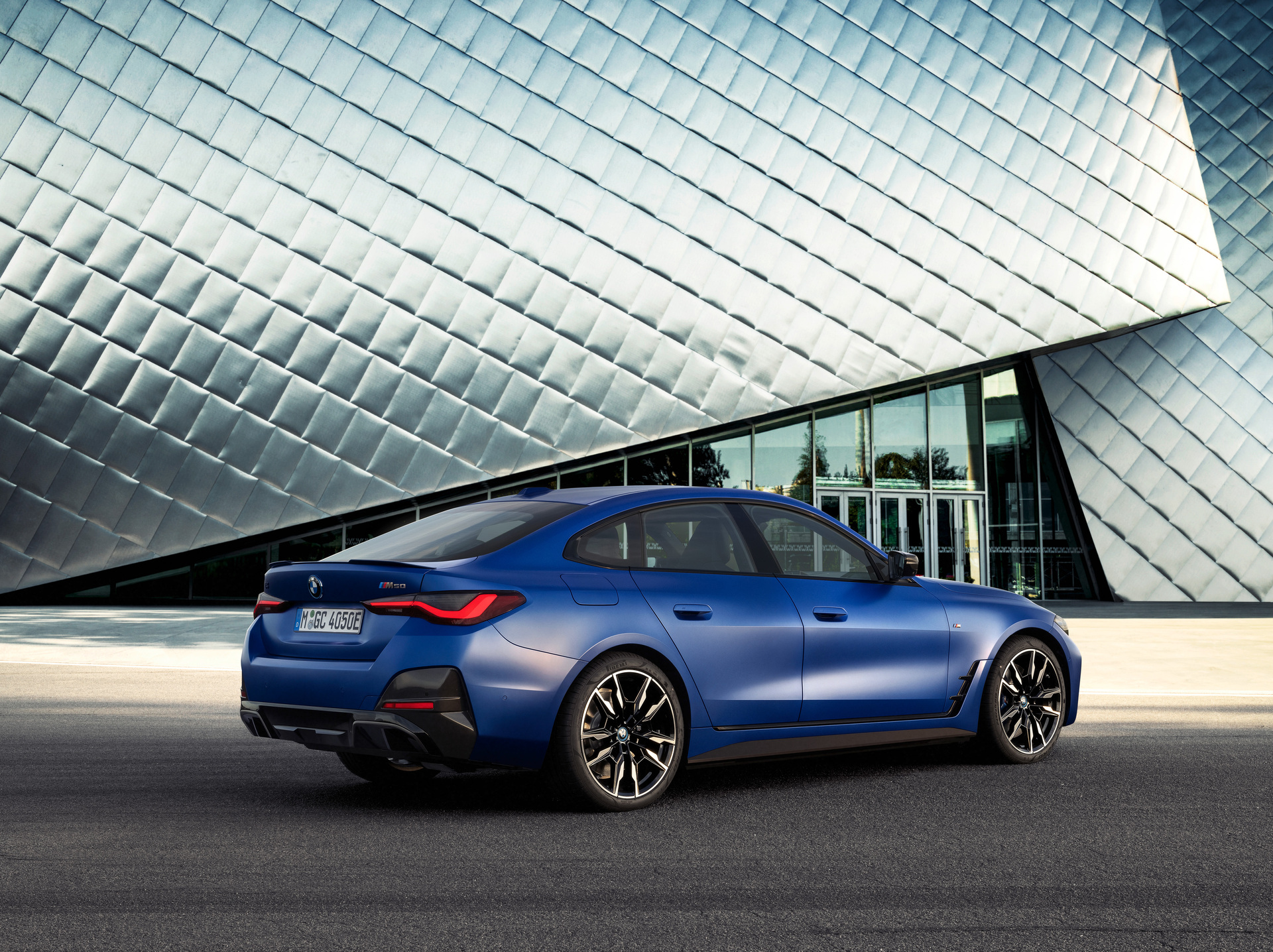P90423621 Highres The Bmw I4m50 6 2021