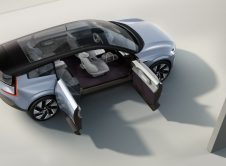 Volvo Suv Concept Side
