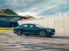 Bentley Flying Spur Hybrid 1