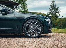 Bentley Flying Spur Hybrid 11