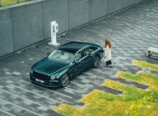 Bentley Flying Spur Hybrid 5