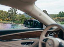 Bentley Flying Spur Hybrid 9
