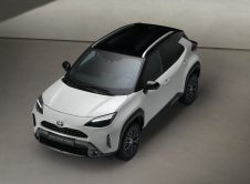 Toyota Yaris Cross 4