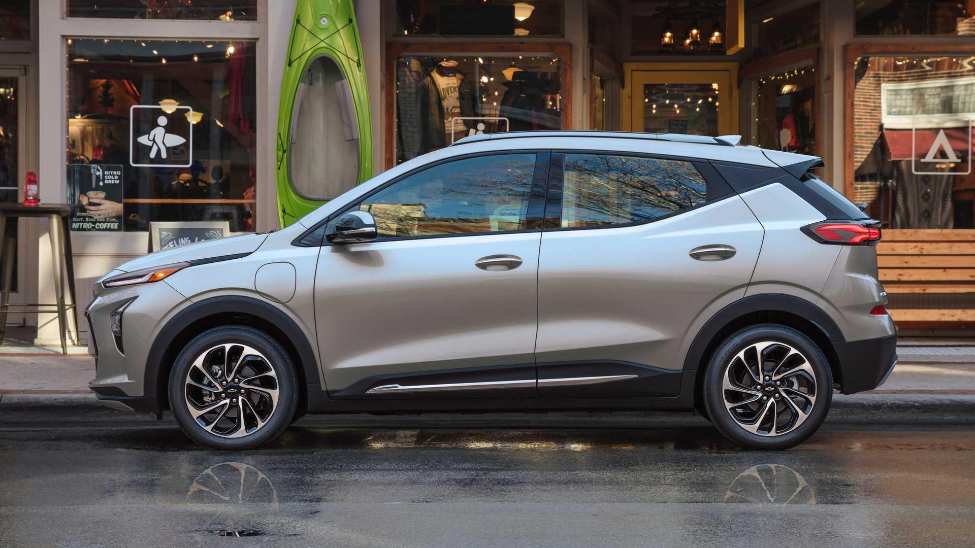 Chevrolet Bolt Side