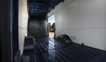 Ford Transit lleno