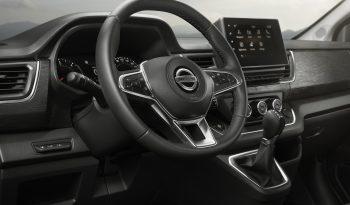 Nissan NV300 lleno