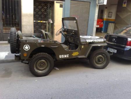 Jeep CJ3A Lateral