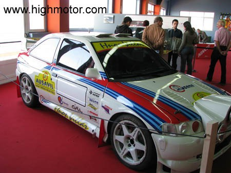 Vapor E Gasolina Ford Escort WRC Sainz Moya Frontal Lateral