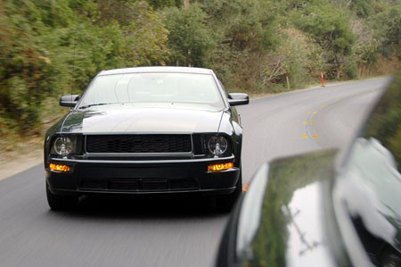 Ford Mustang Bullit Frontal Desde Mustang
