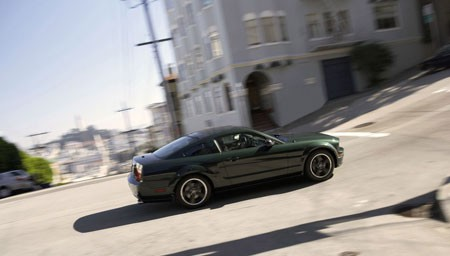 Ford Mustang Bullit Lateral Cuesta