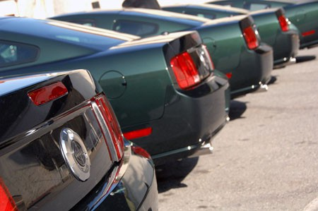 Ford Mustang Bullit Trasera Bateria