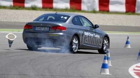 Frenada en curva con BMW 335i