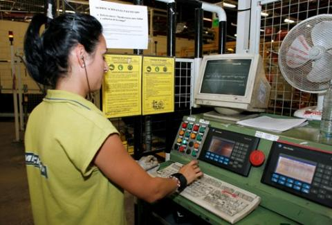 Visita a la fábrica de Michelín en Vitoria