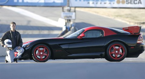 Dodge-Viper-SRT10-ACR-2010