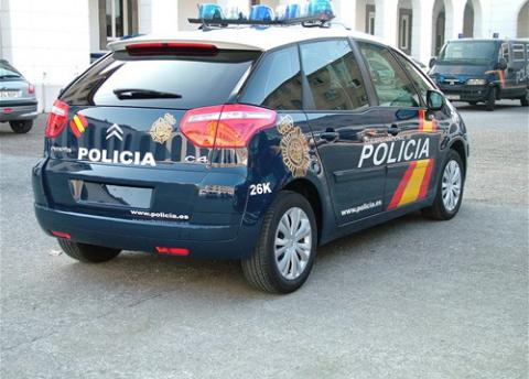 Citroen_c4_picasso_policia