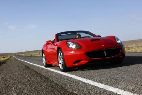 Posible cambio manual para el Ferrari California