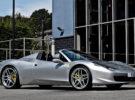 El Ferrari 458 Spider preparado por Kahn Design