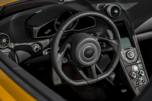 McLaren-MP4-12C-Spider-26[2]