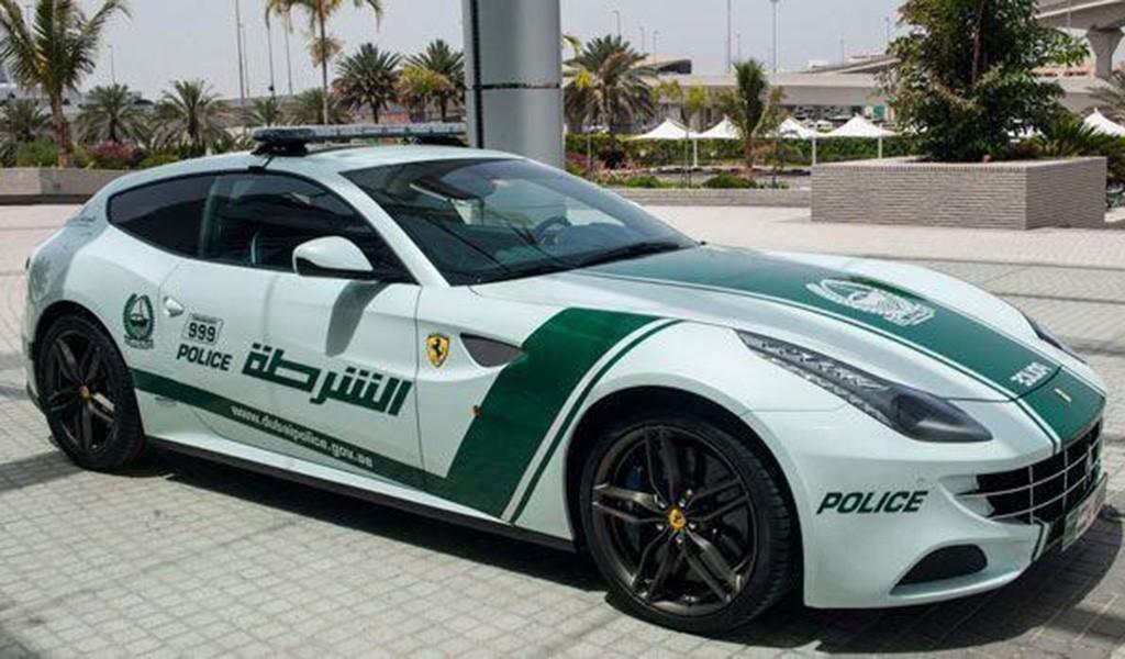 Dubai, supercoches policia (11)
