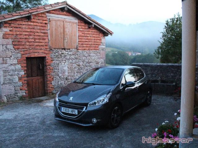 Peugeot_208_1.6eHDi_92CV_11