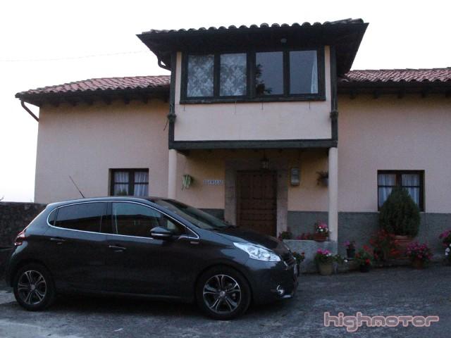 Peugeot_208_1.6eHDi_92CV_12