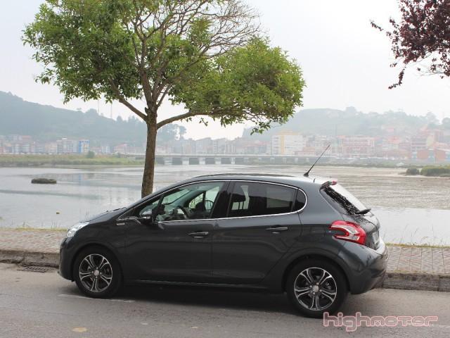 Peugeot_208_1.6eHDi_92CV_16