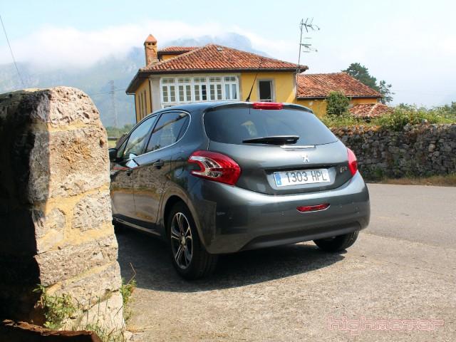 Peugeot_208_1.6eHDi_92CV_18