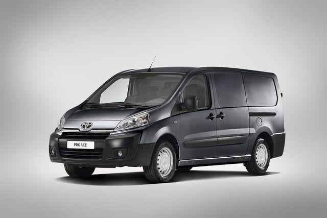El Toyota Proace es presentado en el mercado español