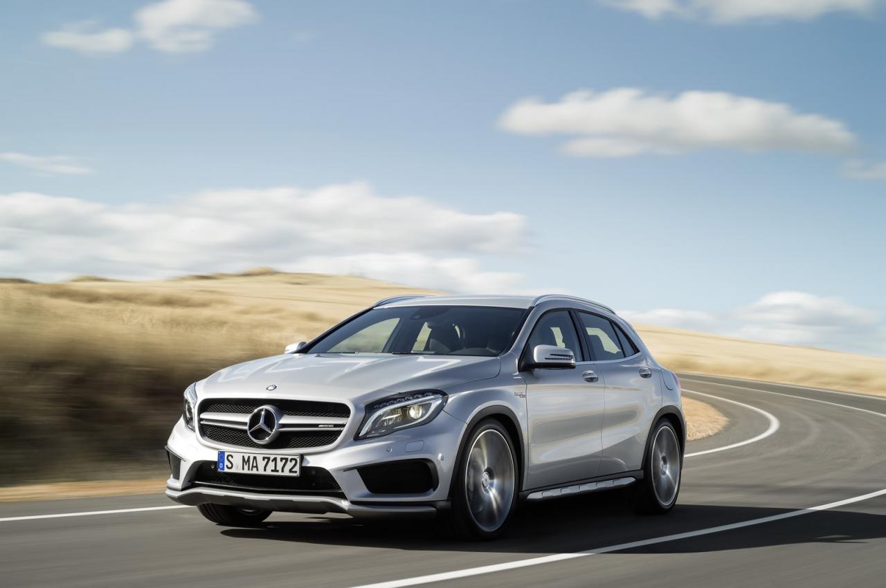 El Mercedes-Benz GLA 45 AMG llega al mercado español