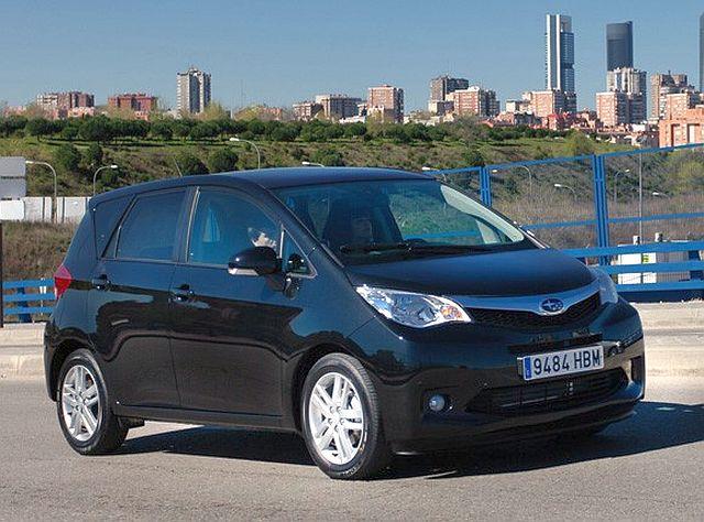 Subaru despide al Trezia y modifica los precios del XV en España