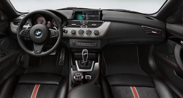 BMW-Z4-sDrive-20i-GT-10[2]